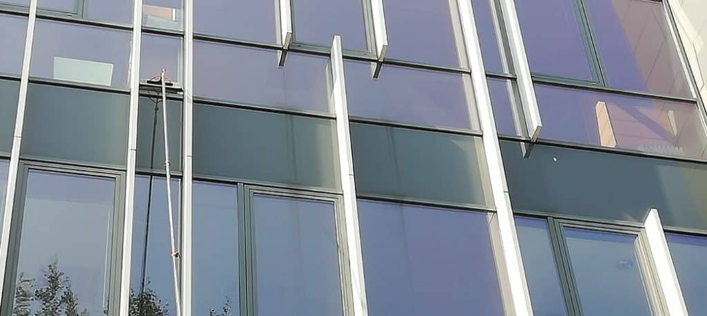 Mycie elewacji szklanych przeszklen Gdańsk