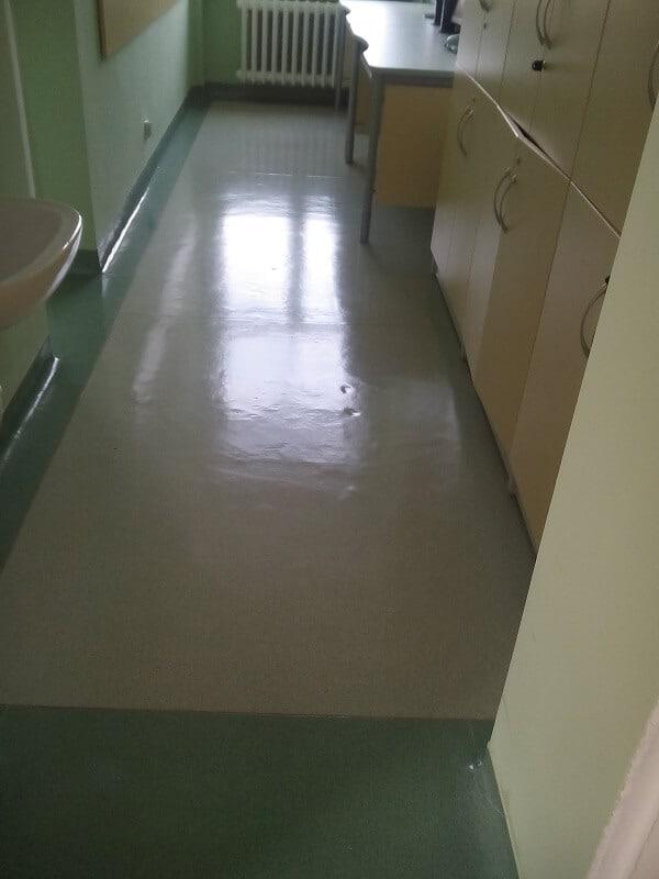 polimeryzacja podłogi w przychodni
